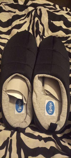 Floopi Women's Slippers -Black- size XL (11-12) for Sale in Seattle, WA