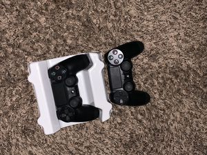 2 PS4 controllers for Sale in Cumming, GA