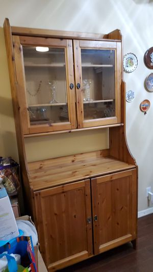 IKEA Kitchen Pantry & Cabinet for Sale in Los Angeles, CA