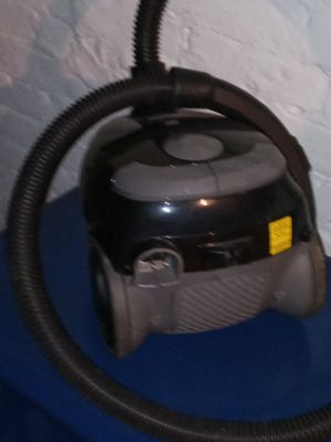 Shop vac like new only used one time for Sale in North Providence, RI