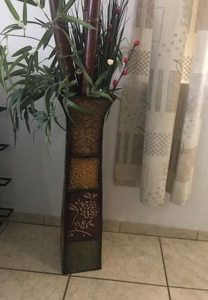 Vase with fake plants (bamboo not included) for Sale in Orlando, FL