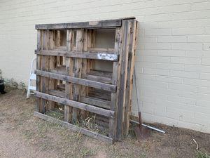 Pallets 5 total for Sale in Mesa, AZ