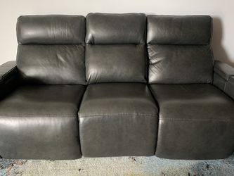 Grey Leather Sofa for Sale in Moraga,  CA