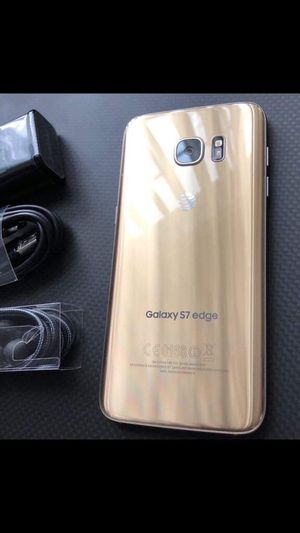 Samsung galaxy s7 edge- just like new with accessories + clean IMEI for Sale in Springfield, VA