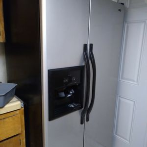 Kenmore refrigerator for Sale in Fresno, CA
