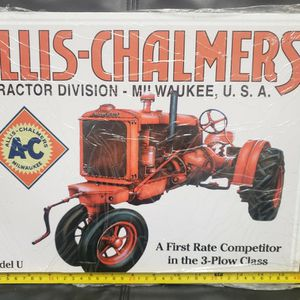 ALLIS CHALMERS TRACTOR TIN NEW SEALED for Sale in West Miami, FL