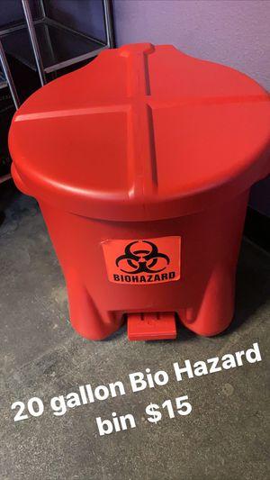 20 glallon Bio hazard bin for Sale in Santa Fe Springs, CA