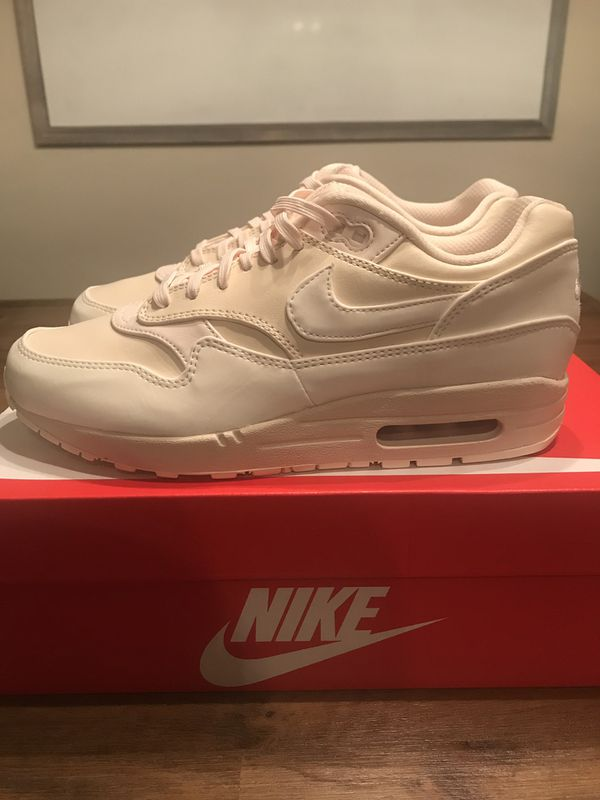 Nike Air Max 1 LX Women's Athletic Shoes, Casual, Streetwear Shoes Size 8, (917691 801). Condition is New with defects. MSRP $130.00