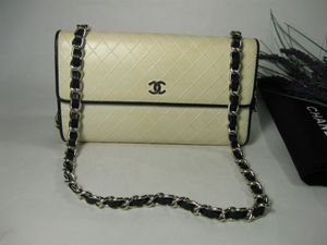 Chanel Cream Black Calfskin Leather CC Long Bag Wallet for Sale in McHenry, IL
