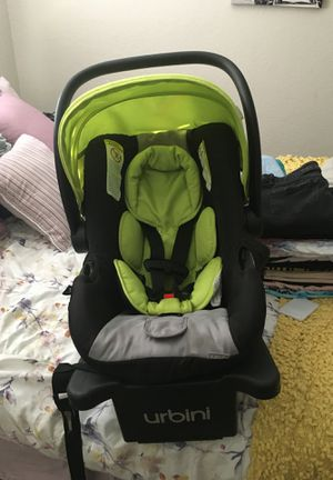 Urbini car seat for Sale in Arlington, TX