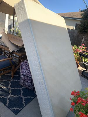 Free queen box spring for Sale in Salinas, CA