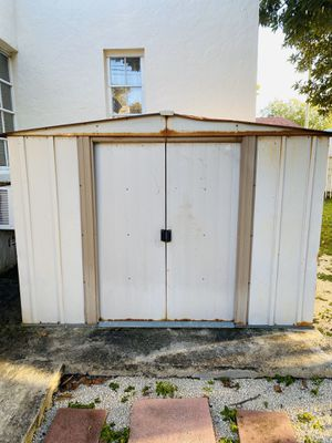 Shed for FREE use for scrap metal for Sale in Miami, FL
