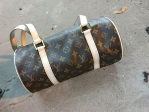 Louis Vuitton Pappion Monogram LV Bag for Sale in Seattle, WA