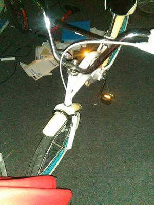 White cruiser bike for Sale in Round Rock, TX