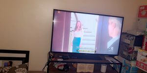 Selling this 60 inches tv from Best Buy is way to big for my living room for Sale in Salt Lake City, UT
