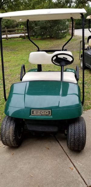 Ezgo electric golf cart 1998 for Sale in Tioga, TX