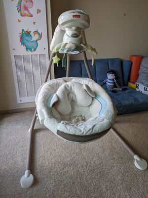 Baby Swing - Fisher-Price Cardle 'n Swing for Sale in Falls Church, VA