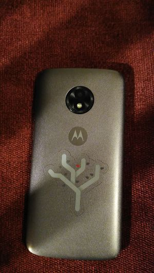 Moto e5 play for Metro a month old in very good condition $100 OR BEST OFFER for Sale in Hayward, CA