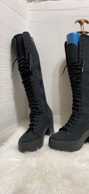 """Bakers Black Canvas Size 8 Lace & Zip Platform Boots 4"""" Heel Made In Italy for Sale in Dearborn, MI"""