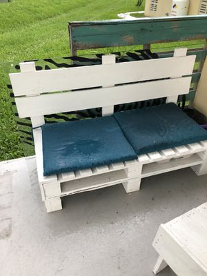 Outdoor Pallet Furniture! for Sale in Miami, FL