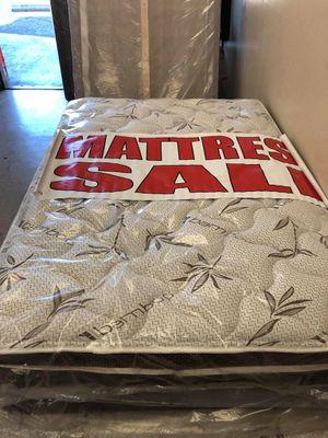 full mattress with box for Sale in San Bernardino, CA