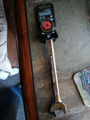 Power torque 3/4 ratcheting wrench for Sale in Fresno, CA