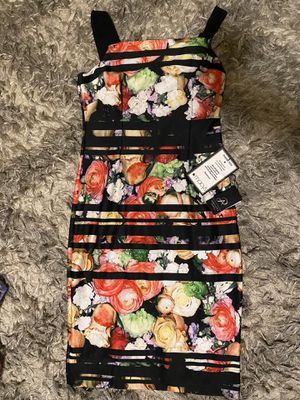 Adrianna papell women floral dress for Sale in The Bronx, NY