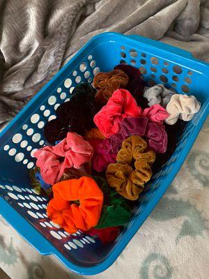 37 scrunchies (comes w/ or w/o basket) for Sale in Bonney Lake, WA