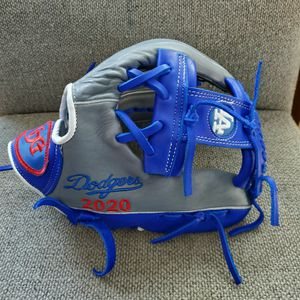 Los Angeles Dodgers Baseball Glove 2020 for Sale in Ontario, CA