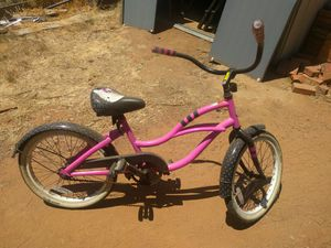 "20"" Hello Kitty Beach Cruiser Bike for Sale in Poway, CA"