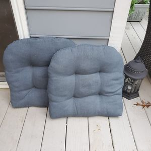 OUTDOOR CHAIR CUSHIONS. for Sale in Brentwood, NC