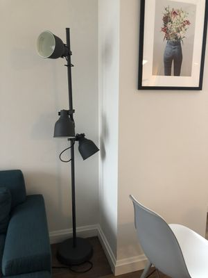 Floor Lamp with 3 bulbs for Sale in Boston, MA