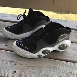 Nike Air Zoom Flight 95 Premium 'JASON KIDD' .. Jordans for Sale in Chicago, IL
