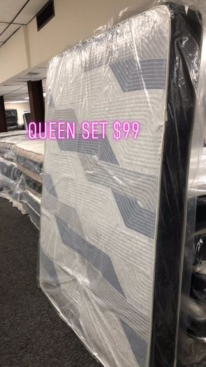 Queen set $99 for Sale in Baltimore, MD