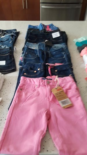 SCHOOL CLOTHES: 7 PAIR OF. SIZE 6 PANTS for Sale in Renton, WA