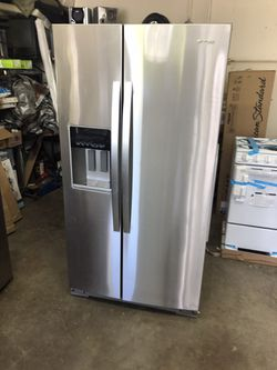 Whirlpool Refrigerator  for Sale in Greenville, SC