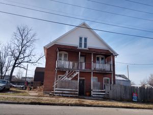 2 story brick home Quincy,I'll make offer for Sale in Quincy, IL