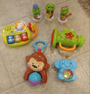 Lot of baby toys for Sale in Davenport, IA
