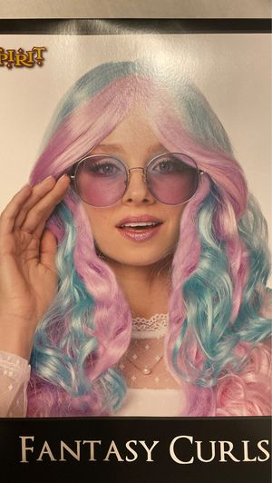 Fantasy curls wig for Sale in Belmont, CA