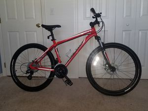 specialized disc brakes mountain bicycle for Sale in Haines City, FL