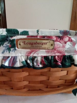 Longaberger 1996 Small Dresden Tour Basket Signed for Sale in Brunswick, OH