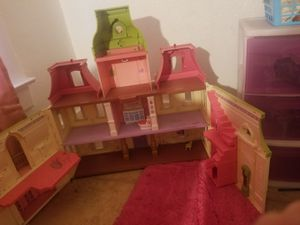 Doll house for Sale in Sanger, CA
