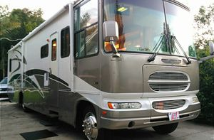 2002 Gulf Stream Motorhome. for Sale in Eustis, FL