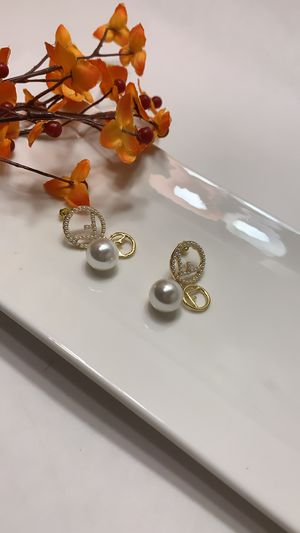 Gold Plated Full Pearl F Stick Geometric Round Pearl Earring for Sale in Los Angeles, CA