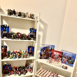 Disney infinity lot action figures black suit spiderman, black panther, hulkbuster, ant man, vision, captain America civil war battlegrounds for Sale in Norwalk, CA