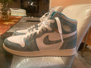 Air Jordan 1 turbo green {size (6.5)} for Sale in Martinsburg, WV
