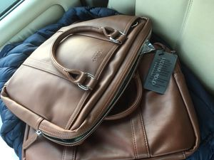 "NEW 13"" 15"" macbook pro touchbar laptop bag for Sale in Hoffman Estates, IL"
