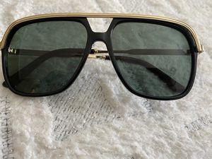 Sunglasses-GUCCI for Sale in Nashville, TN