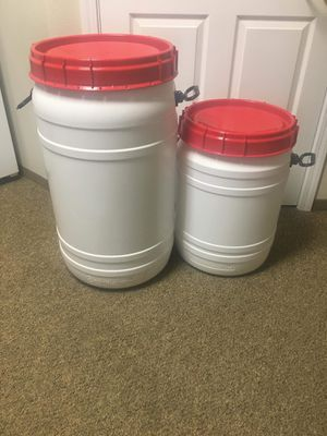 Food quality storage bins. for Sale in Port Orchard, WA