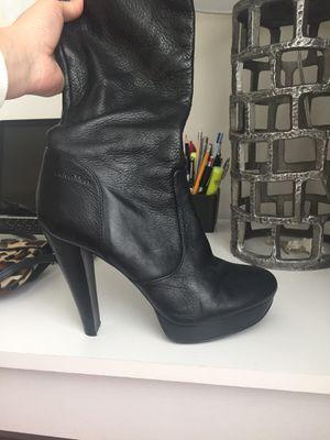 Calvin Klein boots size 9 for Sale in Miami, FL